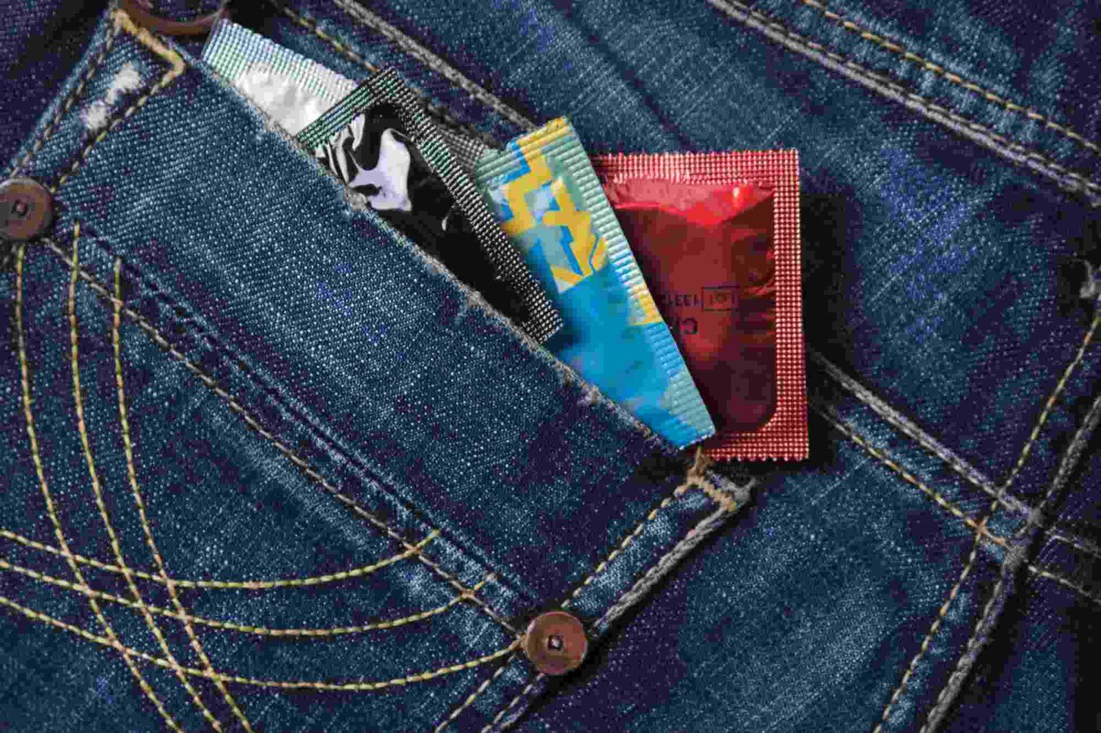 Современные мужские презервативы: какими бывают и как выглядят